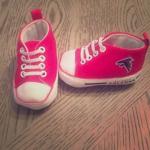 Red & white high top ATL Falcons baby shoe Sz-0